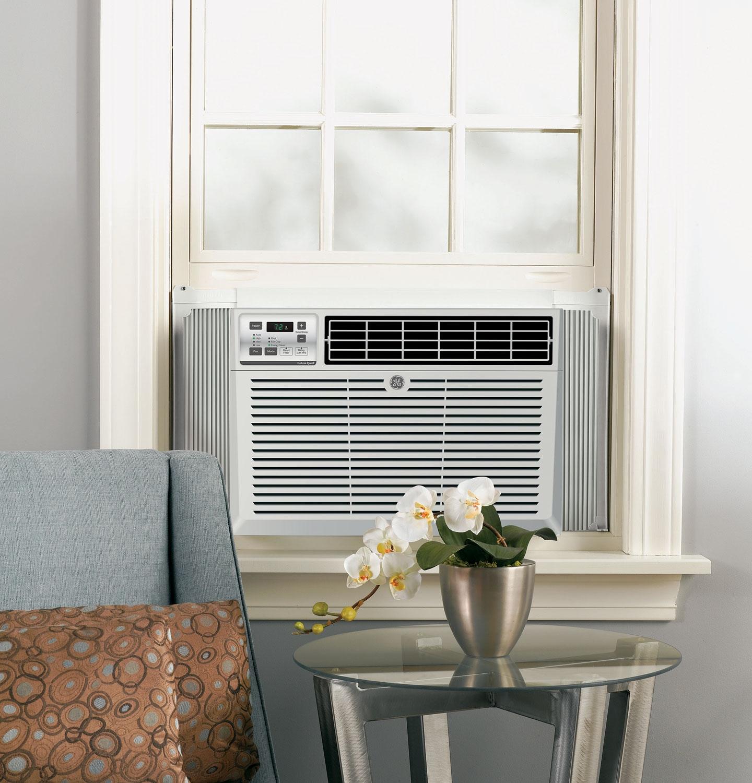 Ge 8 500 btu 11 6 eer 115v window air conditioner aem08lt for 15 inch wide window air conditioners