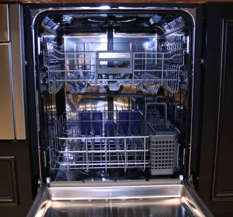 Ignis Kitchen Appliances Website