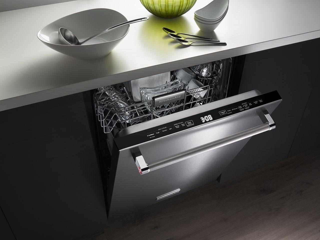 KitchenAid Built-In Stainless Dishwasher - KDTM704ESS