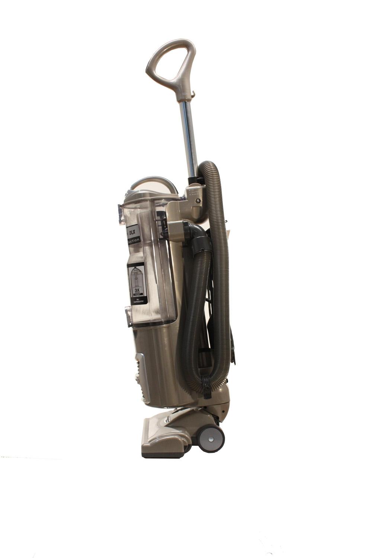 Shark Navigator Dlx Bagless Upright Vacuum Nv70 Abt