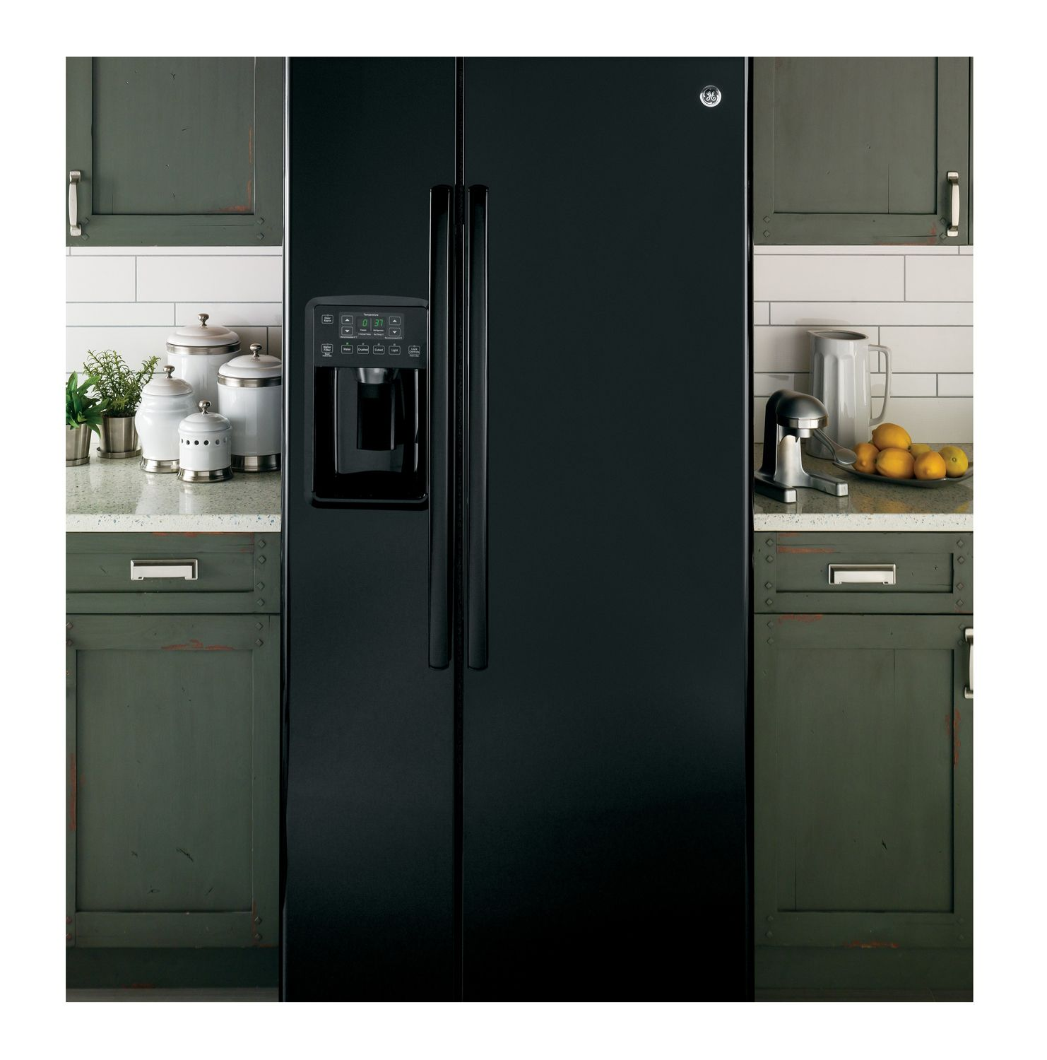 ge black 23 2 cu ft side by side refrigerator gss23ggkbb. Black Bedroom Furniture Sets. Home Design Ideas