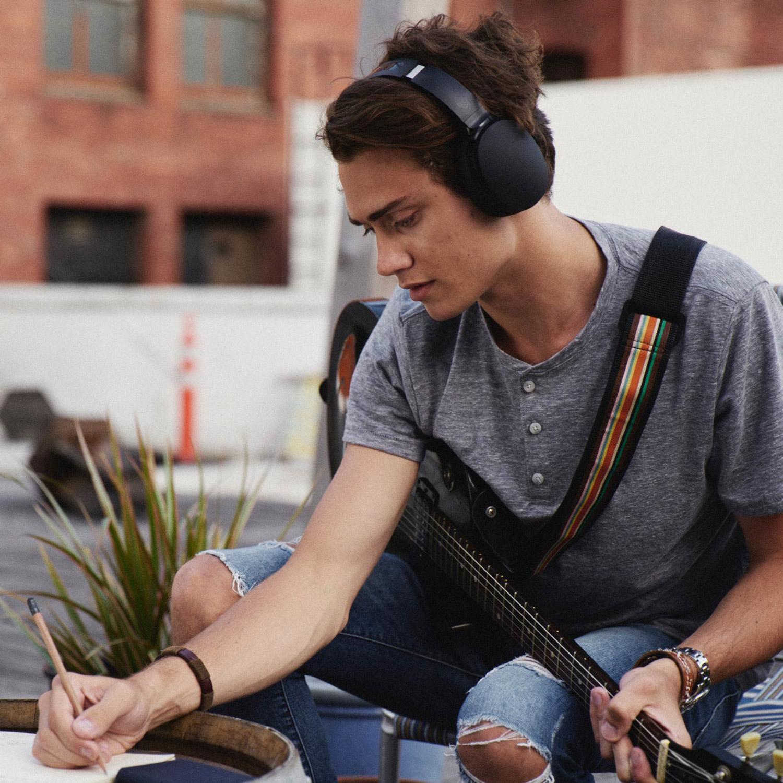Skullcandy Hesh 3 Wireless Over-Ear Earphones