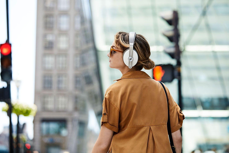 Безжични слушалки с микрофон Sennheiser - Momentum 3 Wireless
