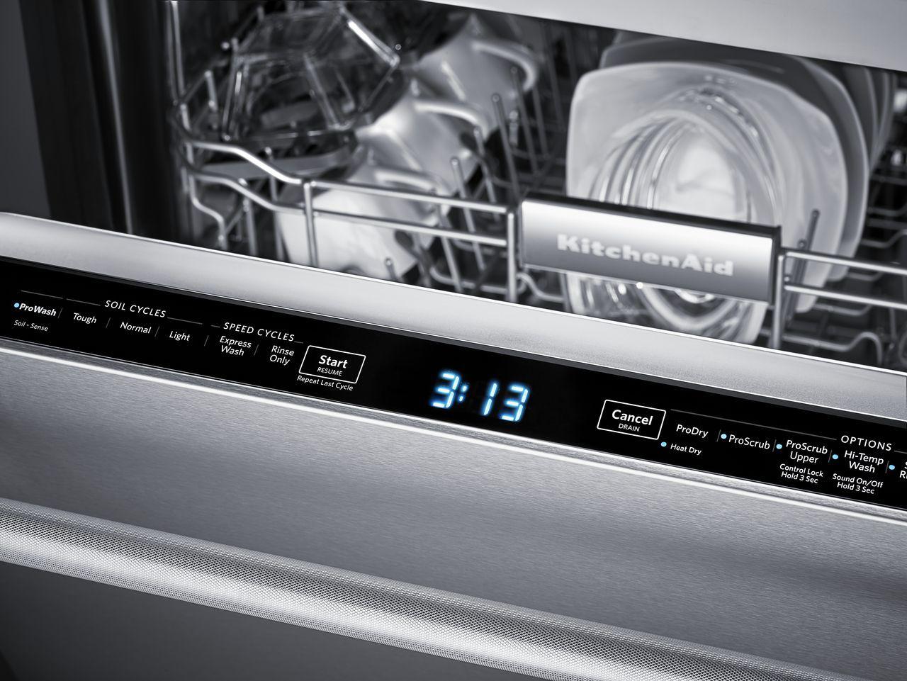 KitchenAid Built-In Stainless Dishwasher - KDTM404ESS