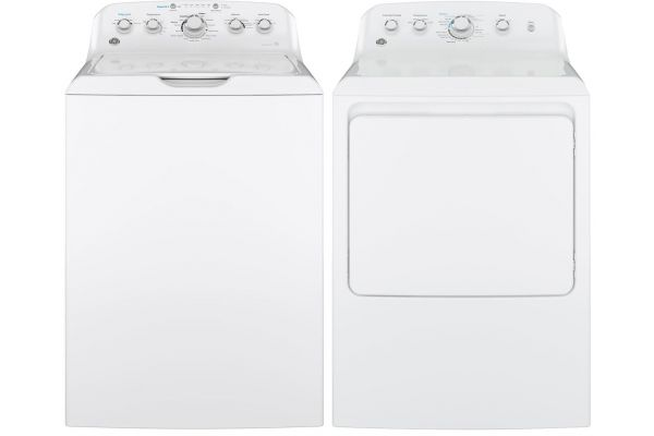 GE White 4.5 CuFt Top Loading Washer with Gas Dryer - GELAUNDRYPACK5