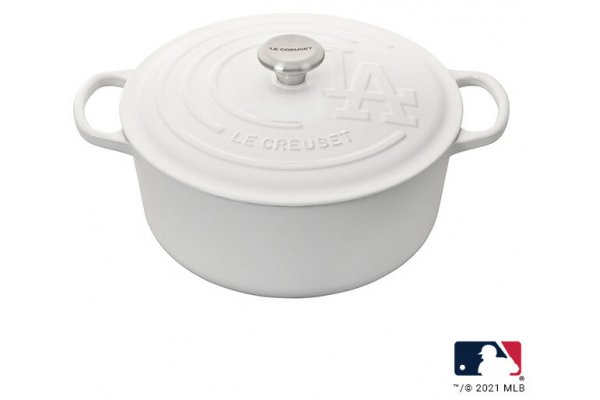 Large image of Le Creuset 7.25 Qt. White MLB Los Angeles Dodgers Round Dutch Oven - LS2501-2816MSS