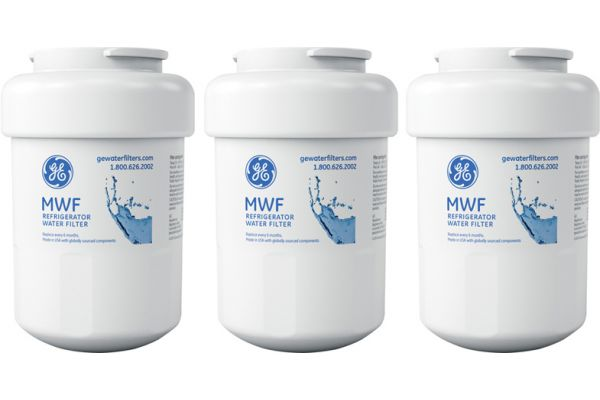 Large image of GE Replacement Refrigerator Water And Ice Filter - 3 Pack - MWFX3