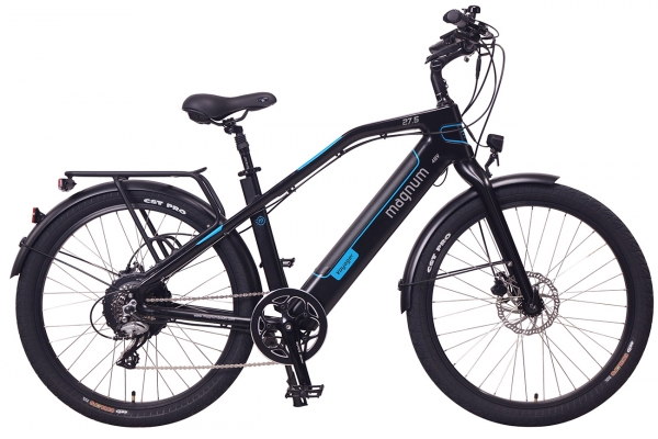 Large image of Magnum Black With Blue Voyager 500W Electric Bike - VOYAGER-MB-BLU