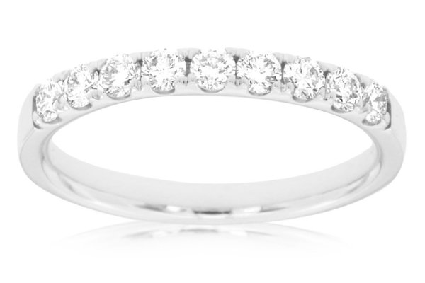 Large image of Royal Jewelry 14K White Gold Diamond Ring - W3898