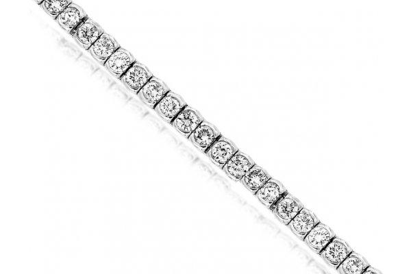 Large image of Royal Jewelry 14K White Gold Diamond Tennis Bracelet - WC8034D