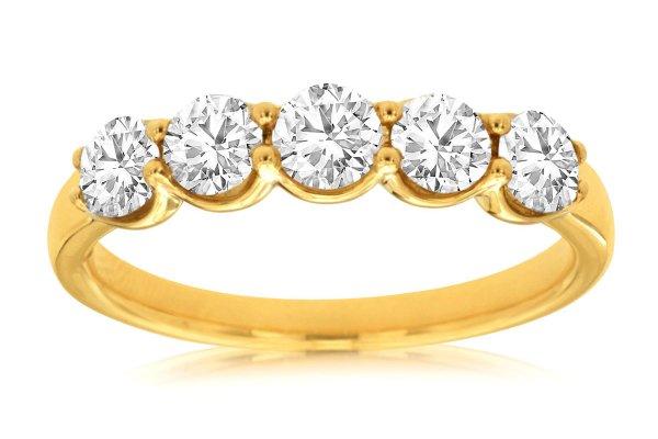Large image of Royal Jewelry 14K Yellow Gold Diamond Wedding Band - C8033D