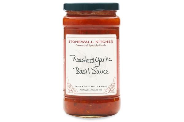 Large image of Stonewall Kitchen Roasted Garlic Basil Sauce - 251819
