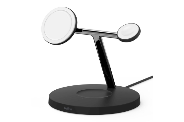 Large image of Belkin BOOST UP CHARGE PRO 3-in-1 Black Wireless Charger w/ MagSafe - WIZ009TTBK