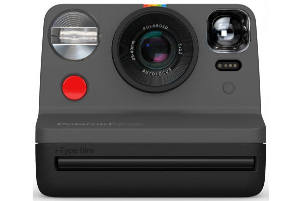 Large image of Polaroid Now Black i-Type Instant Film Camera - PRD9028