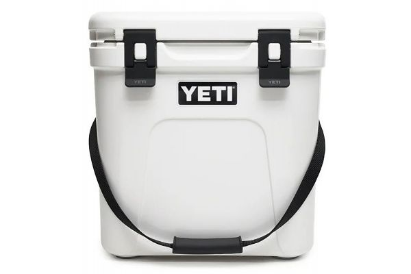 Large image of YETI White Roadie 24 Cooler - 10022020000
