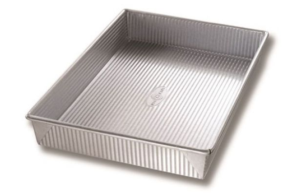 "USA PAN 9"" x 13"" Rectangular Cake Pan - 1110RC-1"