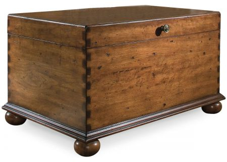 Hooker Furniture Living Room Lift Lid Cocktail Trunk - 500-50-723