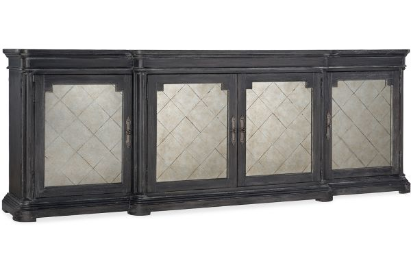 Hooker Furniture Living Room Woodlands Four-Door Credenza - 5820-85002-647