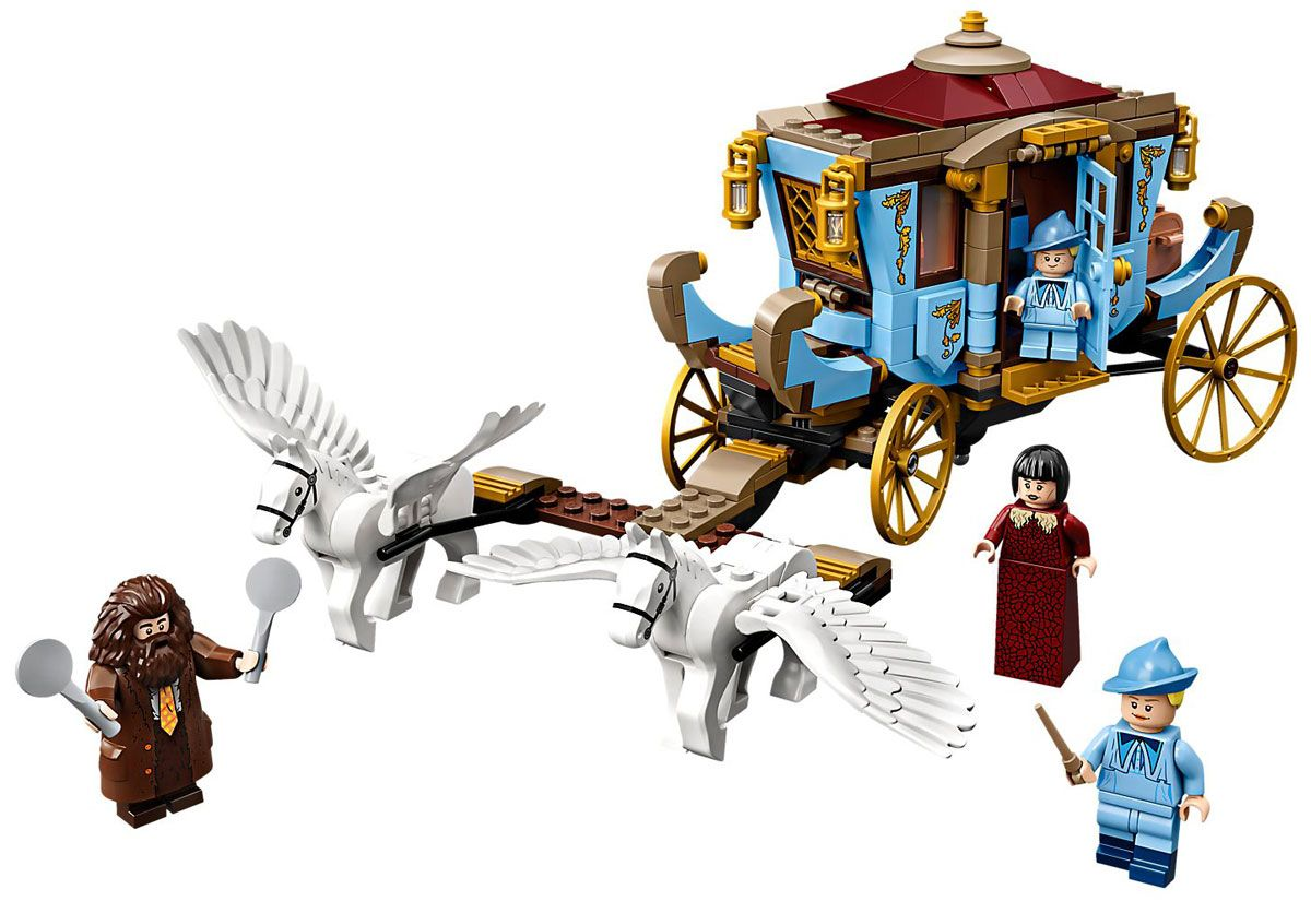 LEGO Harry Potter Beauxbatons Carriage: Arrival at Hogwarts
