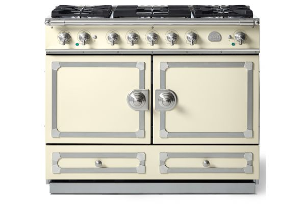 "La Cornue 43"" CornuFe 110 Ivory White With Satin Chrome Dual Fuel Range - C1VN"
