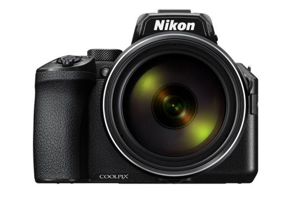 Large image of Nikon COOLPIX P950 Black Super Telephoto Zoom Digital Camera - 26532