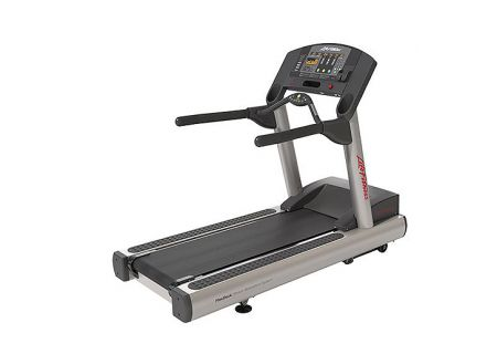 Life Fitness Club Series Treadmill - CST-0100C-05