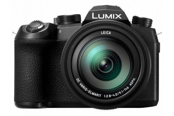 Large image of Panasonic Lumix FZ1000M2 20.1MP Digital Camera, 16X 25-400mm LEICA DC Lens - DC-FZ1000M2