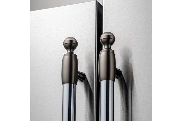 Large image of Bertazzoni Collezione Metalli Black Nickel Decor Set For Refrigerator And Dishwasher - DS2HERTSB