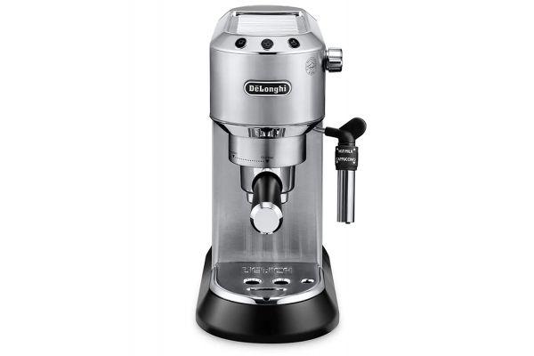 Large image of DeLonghi DeLuxe Manual Espresso Machine/Cappuccino Maker - EC685M