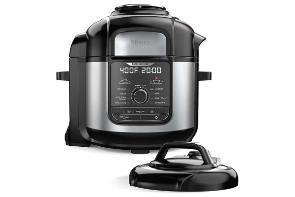 Ninja Foodi 8-Qt. 9-In-1 Deluxe Pressure Cooker & Air Fryer - FD401