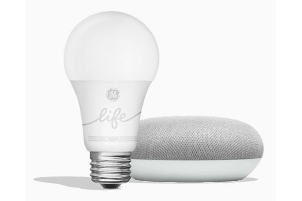 Large image of Google Smart Light Starter Kit - GGL-GA00518-US