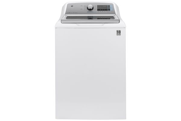 Large image of GE 5 Cu. Ft. White Smart Top Load Washer With Sanitize With Oxi And SmartDispense - GTW845CSNWS
