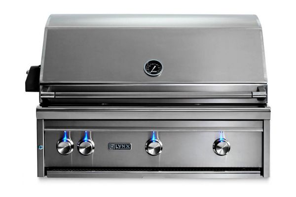"""Large image of Lynx Professional 36"""" Liquid Propane Built In Grill - L36R-3-LP"""