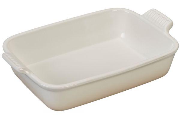 Large image of Le Creuset Heritage 2.5 Quart Meringue Rectangular Dish - PG0700-26716