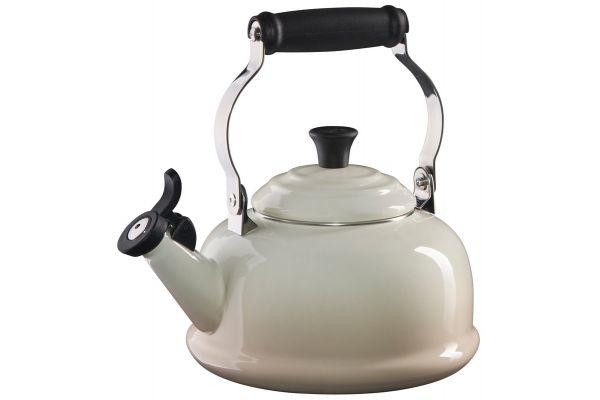 Le Creuset 1.7 QT. Meringue Classic Whistling Tea Kettle - Q3101-716