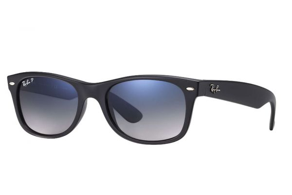 Ray-Ban Wayfarer Black Polarized Sunglasses - RB2132 601S78 55