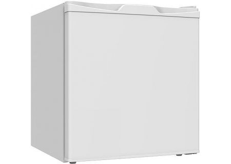 Avanti White Compact Refrigerator - RM17X0W-IS