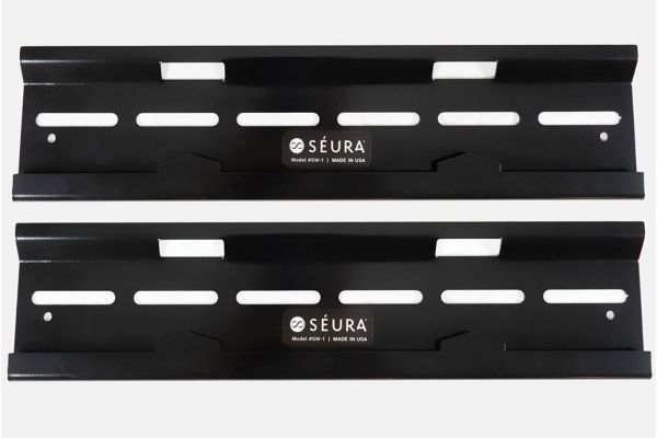 """Large image of Seura Outdoor 49""""-75"""" Slim TV Wall Mount - SW-1"""