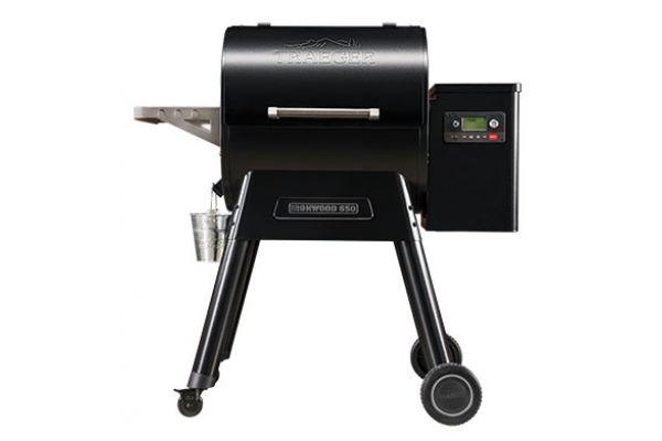 Traeger Ironwood 650 Black Wood Pellet Grill - TFB65BLE