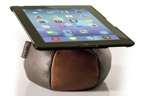 Large image of Salamander Designs Parquet And Mushroom  iPad Saddle - TS1/L/PQMR
