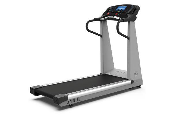Large image of TRUE Z5.0 Treadmill - TZ50
