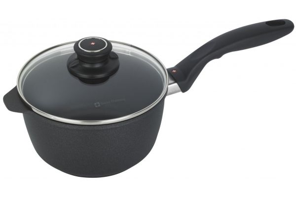 """Large image of Swiss Diamond 7"""" XD Induction Nonstick Saucepan With Lid - XD6718IC"""