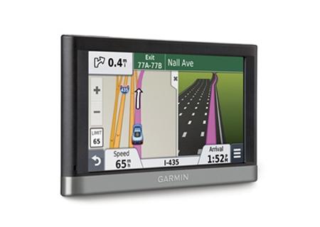 Garmin - 010-01123-29 - Portable GPS Navigation