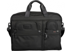 Tumi - 26114 - Business Cases