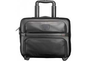 Tumi - 96124 - Business Cases