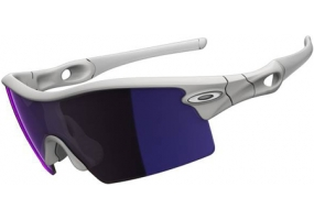 Oakley - 09-743  - Sunglasses