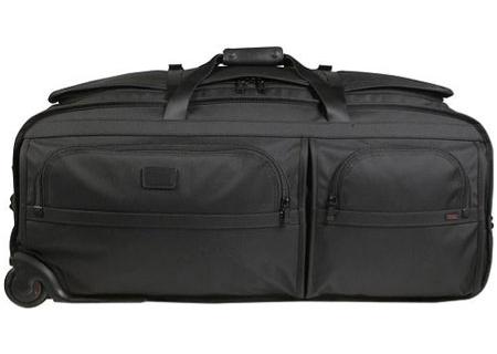 Tumi - 22042 BLACK - Duffel Bags