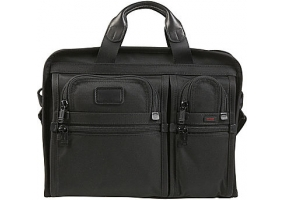 Tumi - 26108 - Business Cases