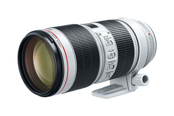 Large image of Canon EF 70-200mm f/2.8L IS III USM Telephoto Zoom Lens - 3044C002