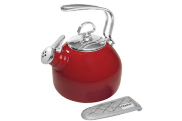 Large image of Chantal Chili Red 1.8 Qt Enamel-On-Steel Classic Teakettle  - 3718SRE